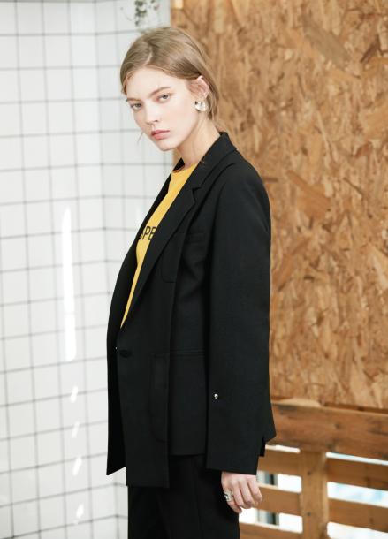 [S/S 30%할인/김지원착용]slit unbalance jacket Black