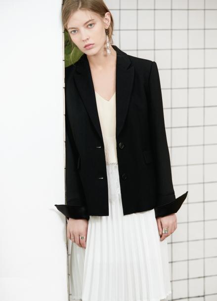 [S/S 30%할인] roll up black jacket