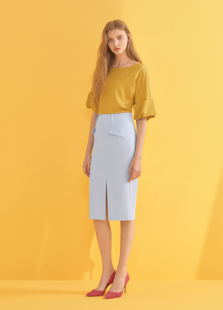 ◆Roll-Up Sleeve Blouse