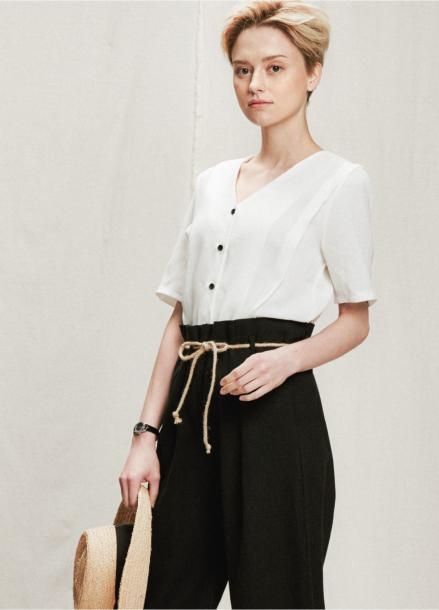 [05/31까지 5%할인+5%쿠폰]v neck volume blouse