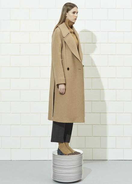 Wide Collar Loose-Fit Long Coat