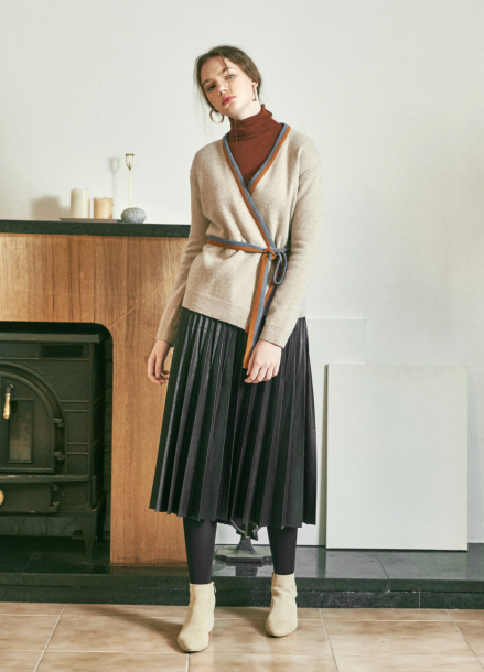[URAGO/17DECEMBER/5%+5%COUPON] LEATHER PLEATS SKIRT