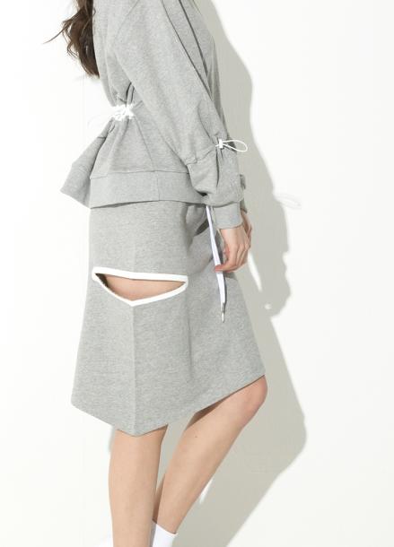 [ATICLE/18SS 신상 5%+5%쿠폰] 18SS Weldingcut unbalance skirt