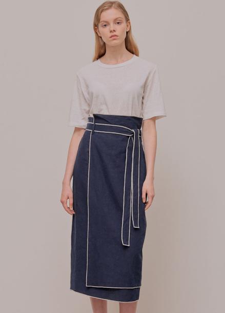 [5%할인/ADDSENSE] Line Color Skirt_Navy