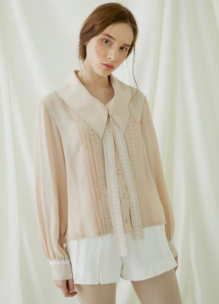 [★시즌오프40%할인/Millogrem] Pleats Lace Binding Blouse - pink