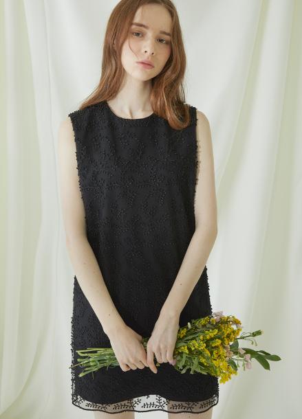 [★시즌오프40%할인/Millogrem] Bell Laced Sleeveless Dress - black