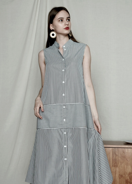 [PINBLACK] HENLEY-NECK STRIPE TRAPEZ DRESS
