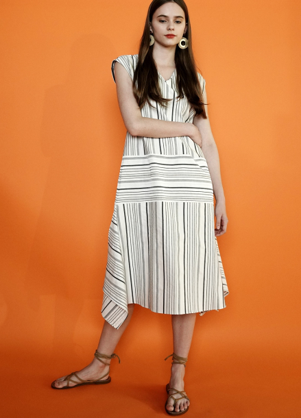 [PINBLACK] V-NECK STRIPE TRAPEZ DRESS