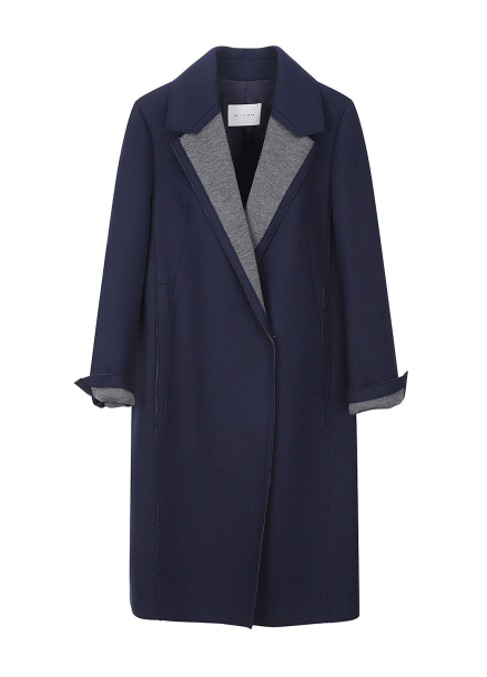 Coloration Collar Point Coat