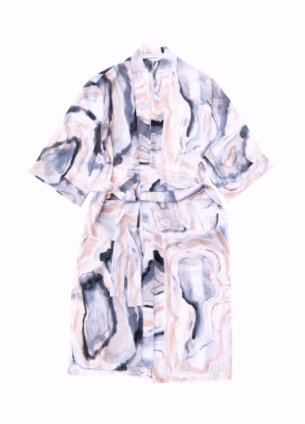 UNBALANCE LONG ROBE IN PINK WAVE