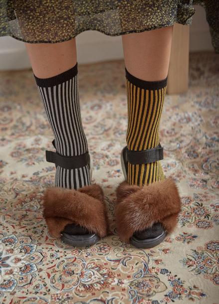 [IHATEMONDAY/10%]  Roscoe Glitter Socks Sliver