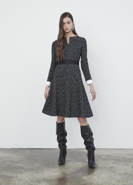 Cuffs Point Tweed Dress