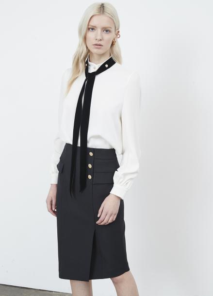 Diagonal Hem-line Slim Skirt
