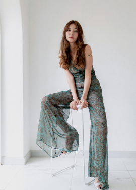 [MELTINGLOW/30%] LONG WIDE SEE-THROUGH JUMP SUIT
