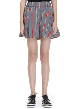 Stripe Patterned Short Pants