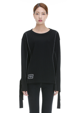 Sleeve Strap Point T-Shirt