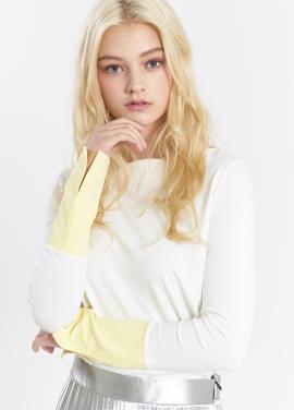 [SALON DE YOHN] Slit Cuffs T_White