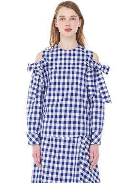 [MILLOGLEM / 김윤혜착용]off shoulder gingham blouse - blue