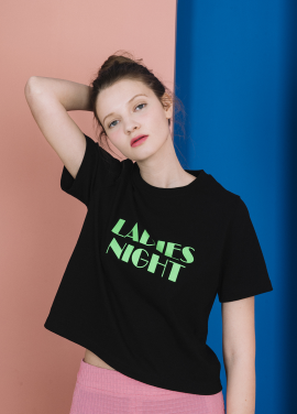[주연 착용/봄신상20%]LADIES NIGHT CROP TOP (BLACK )