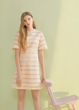 ◆ A-Line Lace Dress