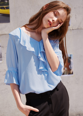 [RYUL+WAI/10%SALE]BLUE V_NECK FRILL BLOUSE