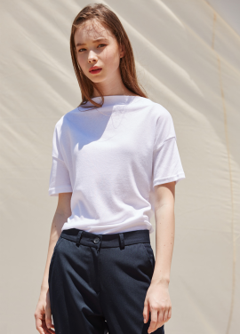 [RYUL+WAI/20%SALE]WHITE BOAT NECK MINIMAL TOP