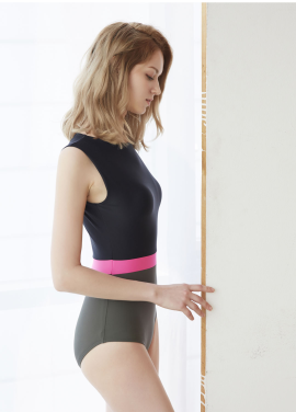 [5PENING] 17 Fiona Suit H - Black/Khaki