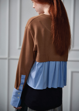 [CLUE DE CLARE/11월2일예약배송]back flare sweat shirt brown