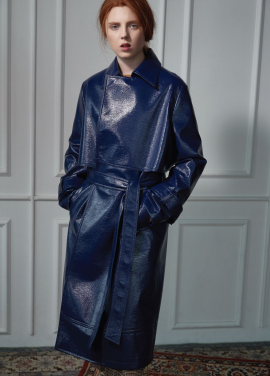 [CLUE DE CLARE]patent leather trench coat Navy