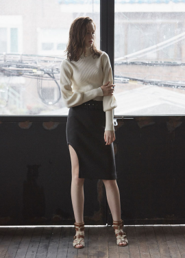 [JUST IN STYLE/시즌오프/50%+10%쿠폰] cut out skirt