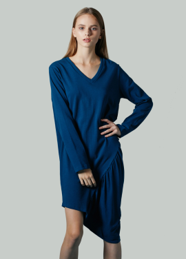 [JUST IN STYLE/쿠폰위크/35%+10%쿠폰] V-neck One-Piece / 이청아 착용