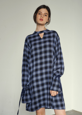 [VEMVER/5%+5%COUPON/9월26일예약배송]NECK POINT BELL SLEEVE CHECK ONEPIECE_BL