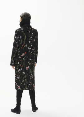 [THESUIN /FW 기간한정 20%세일]Dazzling Flower Embroider Single Long Coat