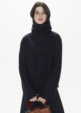 [THESUIN /FW 기간한정 20%세일]High Neck Wool Mohair Top. Navy