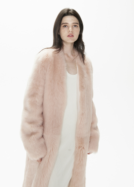[THESUIN /FW 기간한정 20%세일]Shearling Coat. Baby Pink