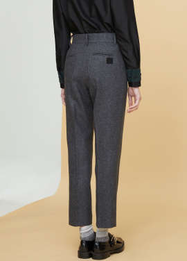 [MILLOGLEM/17FW신상/30%SALE] initials patch wool pants - gray
