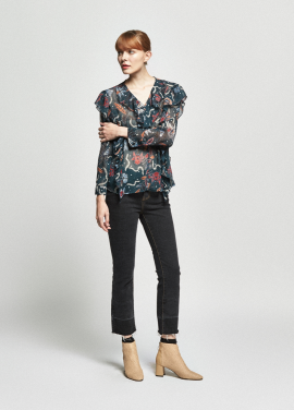 [URAGO/OCTOVER신상/5%+5%COUPON]flower shrring blouse