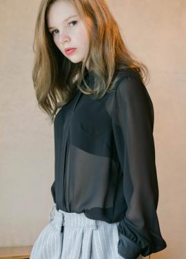 [Sorry, Too Much Love/입점기념/10%+5%] four Seasons chiffon blouse_black