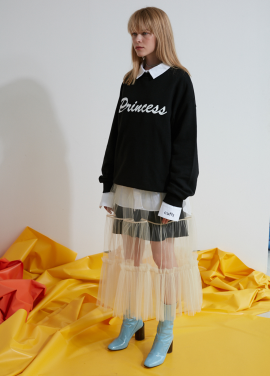 [S'MORE/신규입점기념/15%+5%쿠폰] PRINCESS PRINT SWEATSHIRT