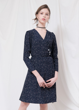 [VEMVER/18SS 5%+5%쿠폰] BUTTON POINT DOT WRAP ONEPIECE
