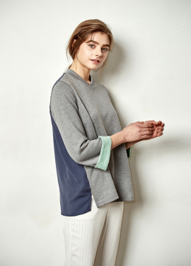 [The Kstory] Chiffon Color Block T/Shirts_ Grey