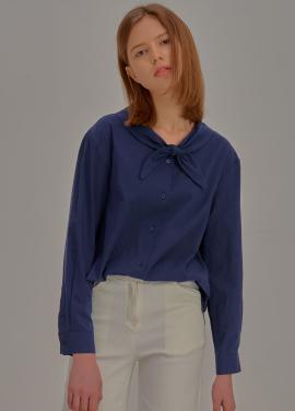 [5%할인/ADDSENSE] Sharp Collar Blouse_Navy