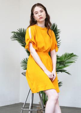 [시즌오프20%/SALON DE YOHN] Slit Sleeve Dress_Yellow