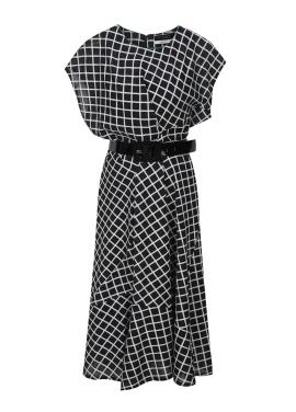 Unbalance Sleeve Flare Dress