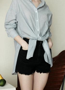 ★주말특가20%+10%쿠폰★PINBLACK] CUTTING DAMAGED SHORT PANTS_BK