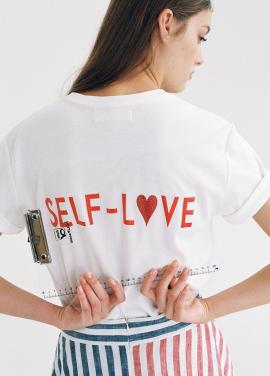[인터뷰단독상품★5%쿠폰★8월1일예약배송/THE ASHLYNN] [SELF-LOVE] LOGO T SHIRT_WHITE