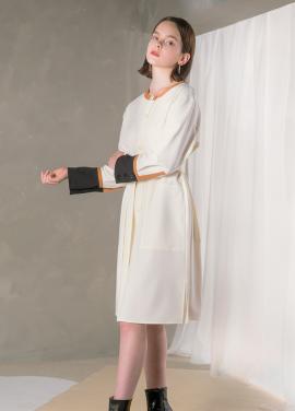 [NU PARCC] Color Line Dress - WH