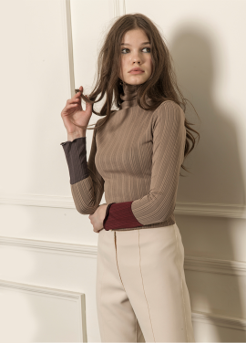 [5%할인/CAHIERS] Two-tone cuff turtleneck sweater_BEIGE