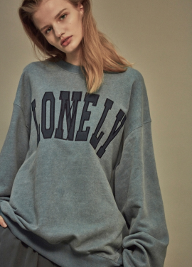 [NOHANT] LONELY/LOVELY SWEATSHIRT SKY BLUE