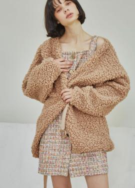 [5%할인/Sorry, Too Much Love] Eco Curly Fur Coat_Beige